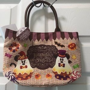 NWT Tokyo Disney Resort Halloween Handbag!